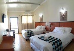 Express Inn Coronado Hotel & Camping