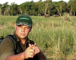 African Safari Guru