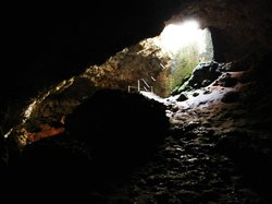 Mangapwani Coral Cave
