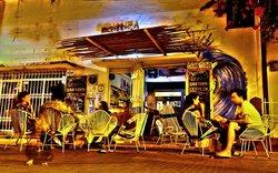 Bonanza Bar-Boutique