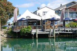 Jolly Roger Restaurant & Bar