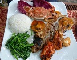 Azura Restaurant & Hotel
