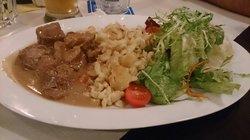 Kalbsrahmgulasch (veal- ragout a la creme, bavarian noodles, lettuce)