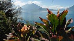 Volcano Atitlan (95306745)