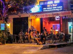 Bi's Bar