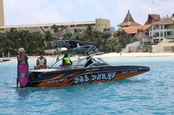Wake Boat Party Cancun