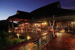 Serengetis Restaurant at Garden Route Game Lodge
