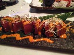 Reef Sushi Bar & Grill