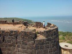 Bankot Fort