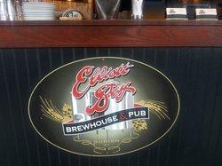 Elliott Bay Brewhouse & Pub
