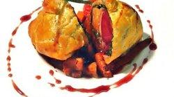 Pigeon en croûte farci au foie gras
