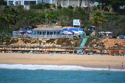 Izzy's Beach Restaurant