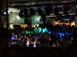 Bares y clubs