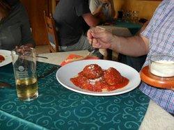 Italia Trattoria Pizzeria