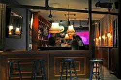 Cafe 40B