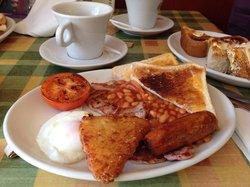 Dennis Cafe