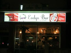 Evelyn Bar