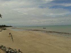 Areia Dourada Beach