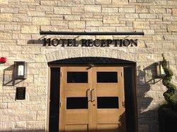 Jolly's Hotel