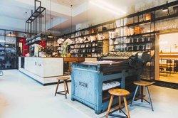Type Hype Store & Milchbar