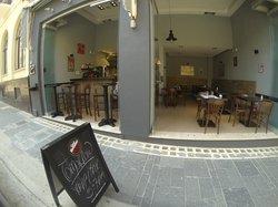 Cleo's & Natalia Bar Trattoria