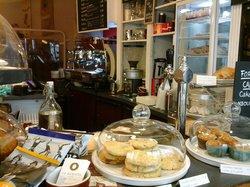 Le Barista Cafe
