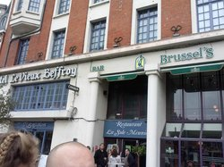 Le Brussel's Cafe
