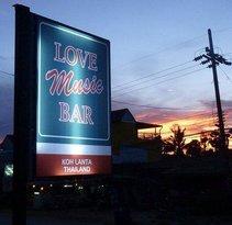 Love Music Bar