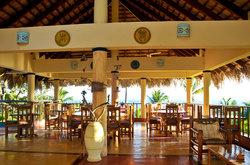 Sol y Luna Restaurant & Bar