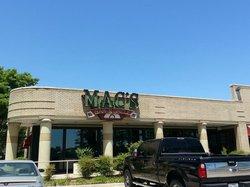 Mac's Bar & Grill