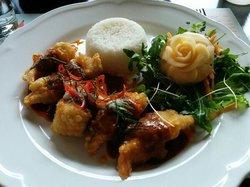 Ros Dee Thai Restaurant