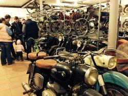 Museum Moto Auto ART
