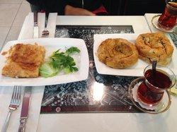 Gulluoglu - Baklava & Cafe