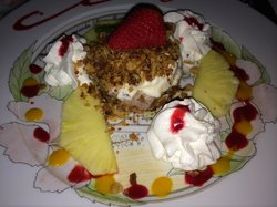Fruit crumble dessert