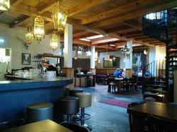 Het Raadhuis Grand Café