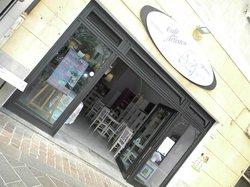 Le Cafe des Artistes Di Bartoli Marina Catia