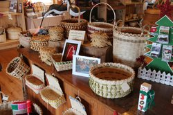 Island Traditions Store:Home of the Basket Weavers