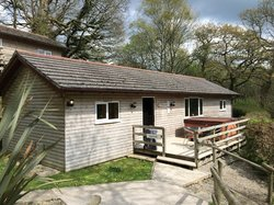 Squirrell lodge