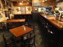 Restaurant & Bar (Zi: )