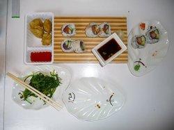 Iza Sushi & Wok