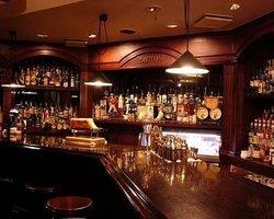 Cocktail & Imported Alcohol Usquebaugh