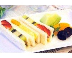 Fruit Gift & Dessert Cafe Tsuruzawa
