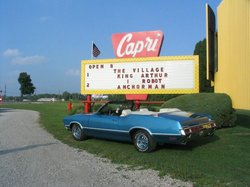 ‪Capri Drive-in Theater‬