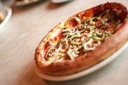College Delly & Pizza