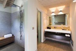 penthouse bathrooms