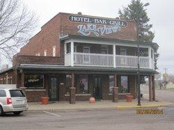Lakeview Bar & Grill