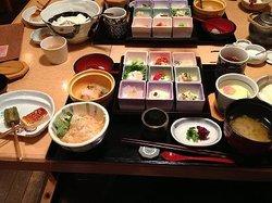 Tofu Cuisine Hakkakuan Osaka Marubiru