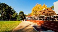 Hazelhurst Regional Gallery & Arts Centre