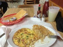 Cacique's Lunch Restaurant