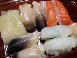 Sushi-Go-Round (Kaitensushi) Triton Sapporo Atsubetsu